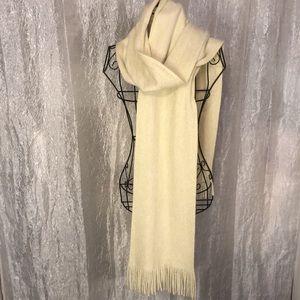 STEVE MADDEN fringed scarf
